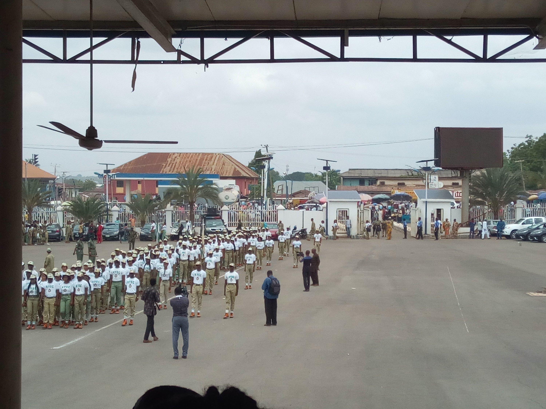 Naijafreshgraduate corps members marching